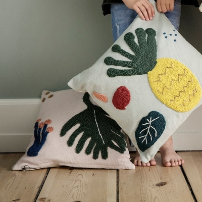 Leaf Cushion