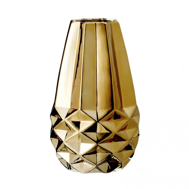 bloomingville geometrically structured vase gold vaas the shop online herentals. Black Bedroom Furniture Sets. Home Design Ideas