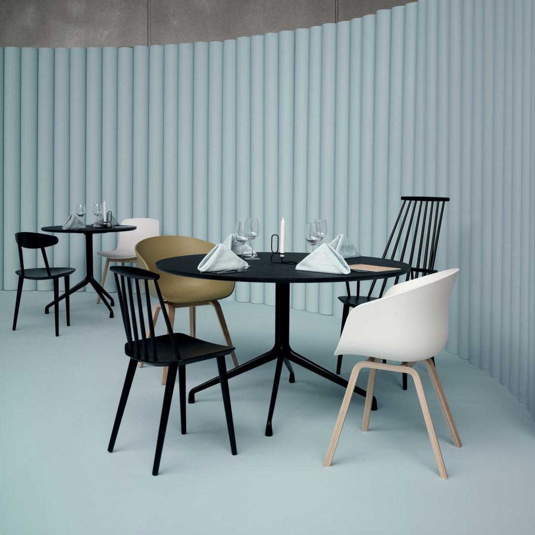 hay about a table aat20 128cm dia h 73cm black white tafel. Black Bedroom Furniture Sets. Home Design Ideas