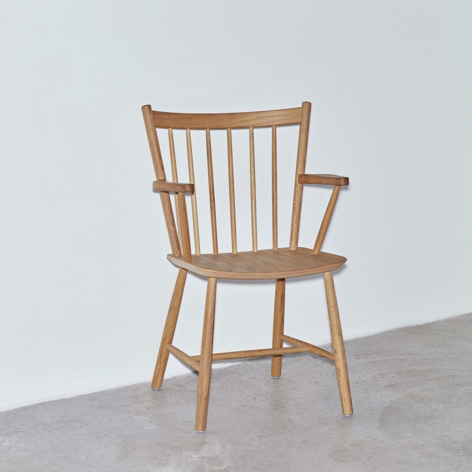 Hay j42 chair matt lacquered solid oak stoel the for Hay about a chair replica