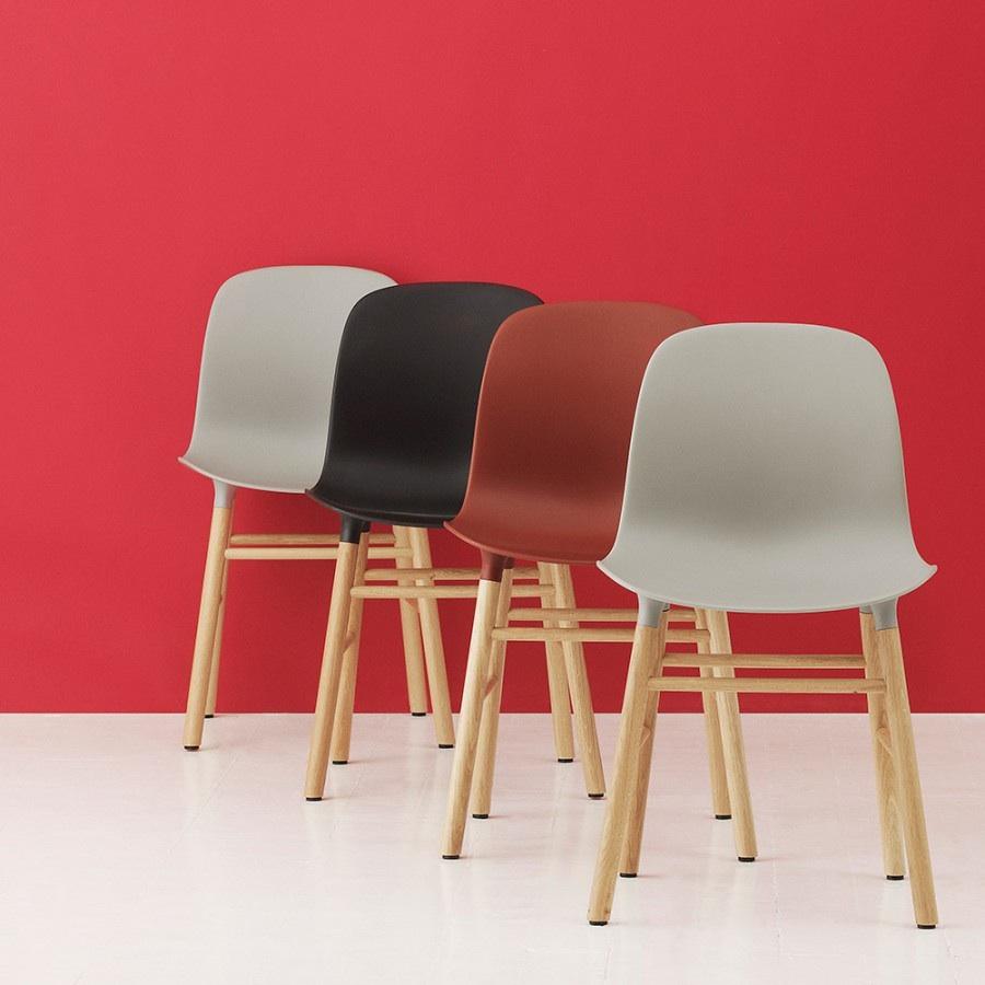 Normann copenhagen form chair oak base stoel the for Normann copenhagen online shop